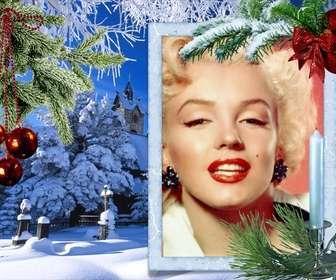 Carte de Noël avec votre photo sur un cadre rectangulaire blanc.