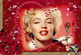 Postal aiment mettre une photo à lintérieur dun coeur. Prenez une rose et le cœur.