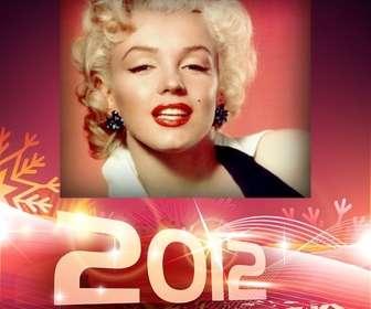 Ejemplo: Envie para felicitar o ano novo de 2012. Fundo vermelho e flocos de neve.