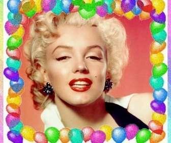 Ejemplo: Moldura feita com balões coloridos. Para cumprimentos de aniversário.