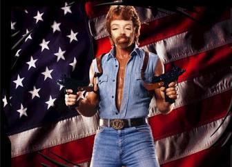 Ejemplo: Fotomontagem de Chuck Norris herói americano. Ponha seu rosto nesta foto montagem de Chuck Norris!