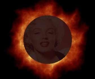 Animación personalizada de eclipse solar que puedes hacer con tu foto online.