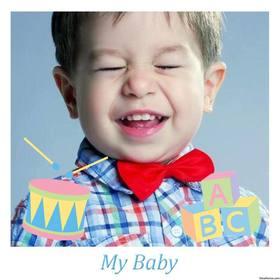 Rahmen für Foto Ihres Babys mit dekorativen Spielzeug