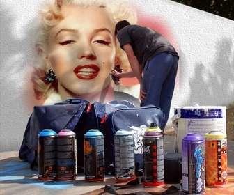 Fotomontaggio di mettere la tua foto su un graffito strada. È possibile utilizzare una delle tue foto Parea creare questo montaggio.