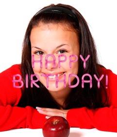 Pon en tu foto el texto happy birthday hecho con globos.