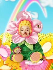 Ejemplo: Montaje fotográfico para poner una cara, consistente en un disfraz de flor para niños.