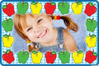 Online picture frame with colorful apples to decorate your photos for free
