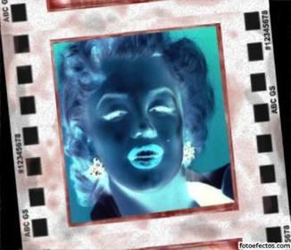 Efecto negativo para fotos. Invierte colores y sitúa tu foto en el marco de un negativo revelado.