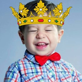 Sticker of a King crown to add on your images