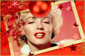 Cartolina di Natale con una palla rossa e stelle per personalizzare. carta