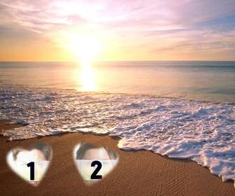 Pon dos fotos en la arena de la playa con una puesta de sol de fondo en la playa.