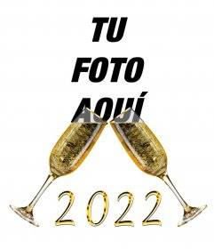 Efecto para felicitar el 2018 con copas de champan