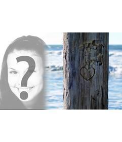 Pon la foto que quieras junto a un árbol donde hay tallado un corazón. Ideal para una postal.