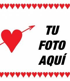 Tarjeta para enamorados con corazones donde puedes añadir una foto