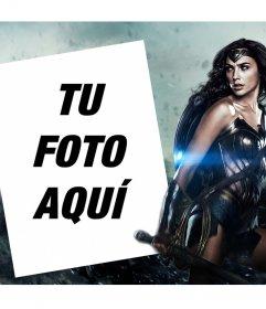 Fotomontaje para personalizar con tu foto junto a la nueva Mujer Maravilla