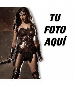 Añade tu foto junto a la nueva Mujer Maravilla con este efecto en línea