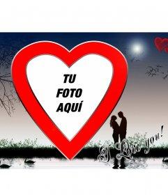 Postal de San Valentín Amor en el lago, con forma de corazón rojo