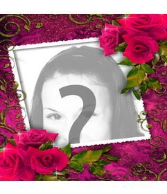 MArco para fotos para enamorados con adornos de rosas rojas arriba y abajo
