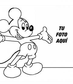 Colorea a Mickey Mouse y sube tu foto a este fotomontaje online