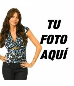 Fotomontaje con Sofía Vergara de la serie Modern Family. Ahora puedes aparecer en una foto con la actriz modelo colombiana considerada una de las mujeres más sensuales del mundo.