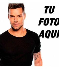 Posa junto al cantante Ricky Martin con este montaje
