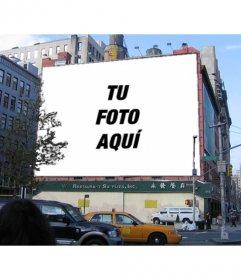 Fotomontaje de cartel publicitario de un edificio en el que podrás poner una fotografía.