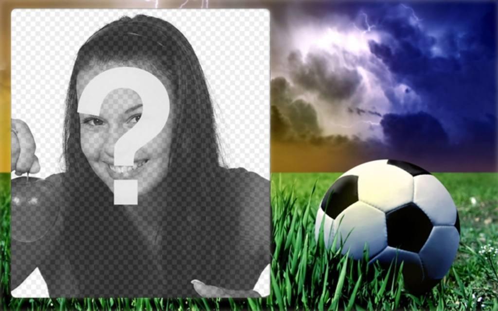 Marco de fotos deportivo con una foto de un balón de fútbol sobre hierba verde