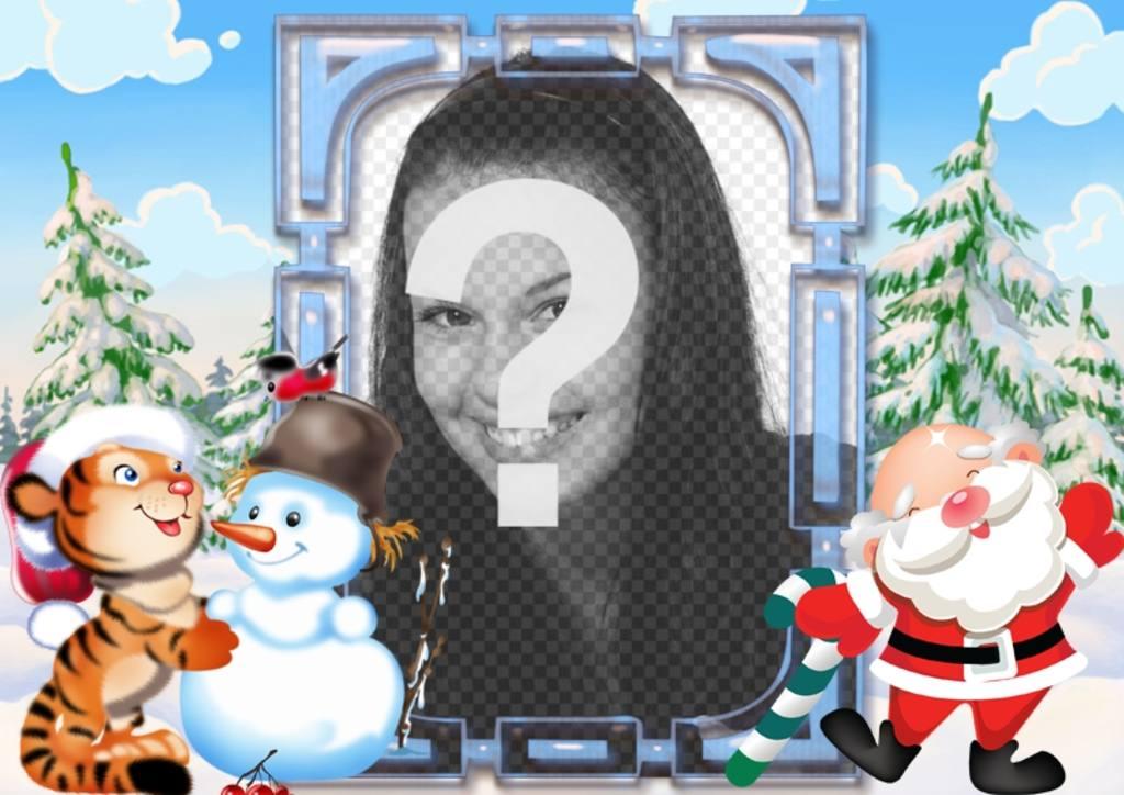 Postal infantil para Navidad decorada con un tigre jugando con un muñeco de nieve