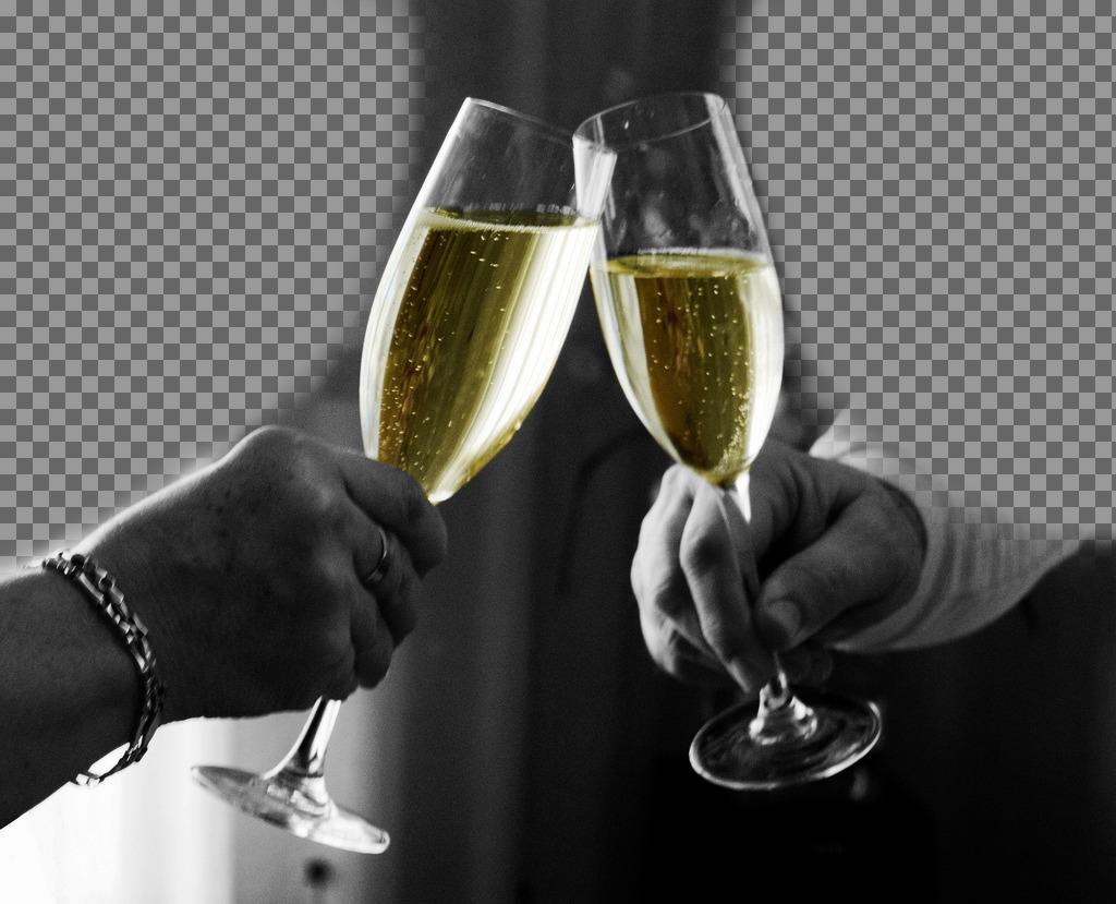 Fotomontaje de una pareja haciendo un brindis para subir 2 fotos